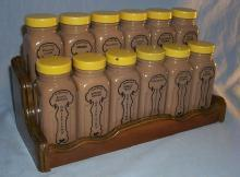 GRIFFITHS 12 Brown  Glass Jar Spice Set on Wooden Rack