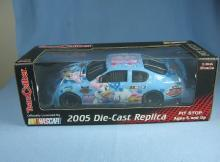 NASCAR 2005 Die-Cast Replica DAISY Official Race Car - Sporting