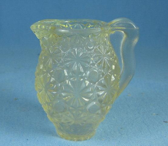 Vintage BUTTON & DAISY Child Toy Glass PITCHER