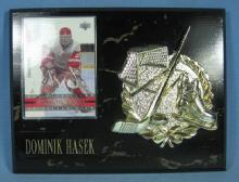 old Detroit Red Wing Hockey DOMINIK HASEK  Souvenir  Display Plaque - sporting