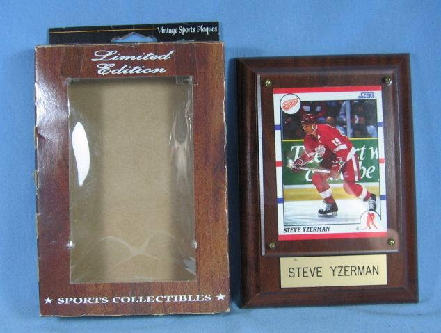 old Detroit RED WING Framed STEVE YZERMAN Trading Card or Hologram  Plaque  - Limited Edition sporting collectible