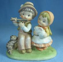 Vintage Lefton Bisque Porcelain  FLUTE Player Boy and Girl - Children Figurine