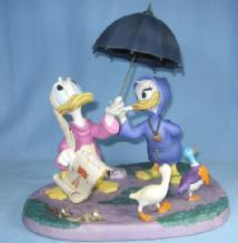 Disney Fantasia 2000 LOOKS LIKE RAIN Donald Duck & Daisy Porcelain Sculpture MIB