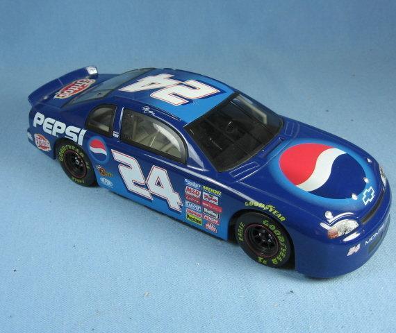 Jeff Gordon 1:24 NASCAR Pepsi Racing - Die Cast Collectible Adult Toy Car