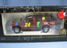 Die Cast Limited Edition Race Car Replica JEFF GORDON  Adult Collectible Toy