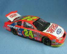 Limited Edition NASCAR 1:24 JEFF GORDON  Dupont 200 Years CONFETTI Car