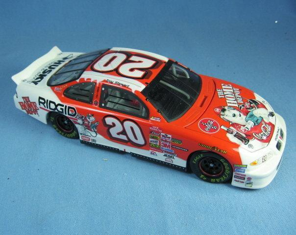 BANK Limited edition nascar 1:24 Scale Die Cast Limited Edition NASCAR Car Replica TONY STEWART  Adult Collectible Toy