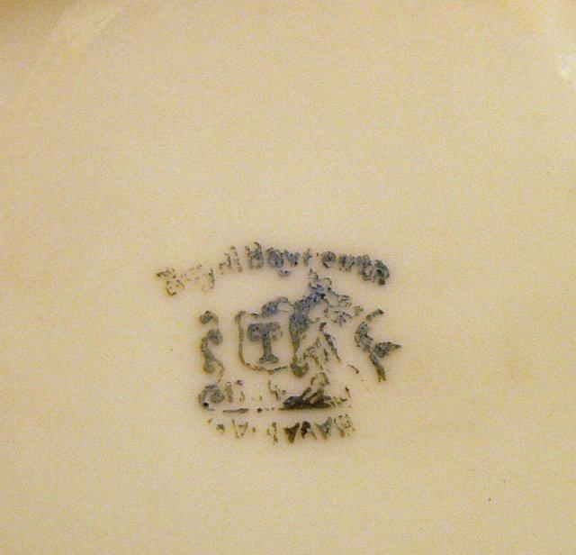 Royal Bayreuth Porcelain SPORTSMAN Pin Box w/Lid