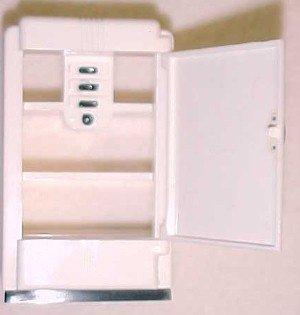 IDEAL Dollhouse Refrigerator - Toys