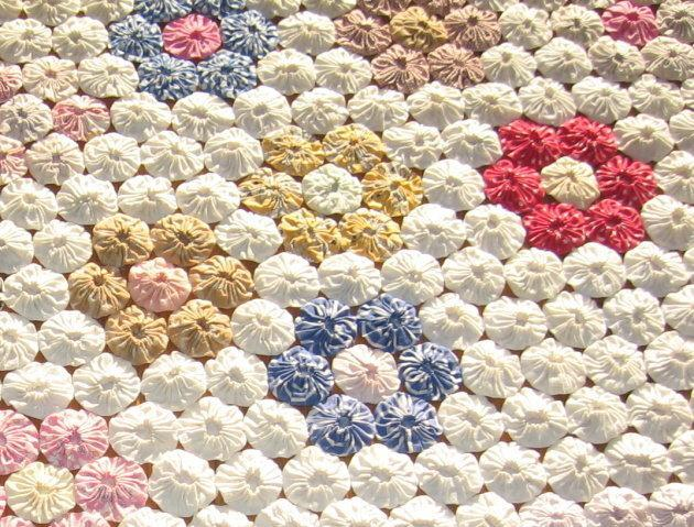 Antique Quilt ~ YO-YO Hand Stitched Antique Quilt - textile