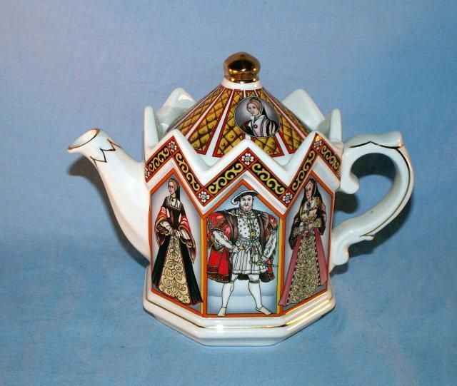 English SADLER King Henry VIII and His Six Wives Porcelain Tea Pot