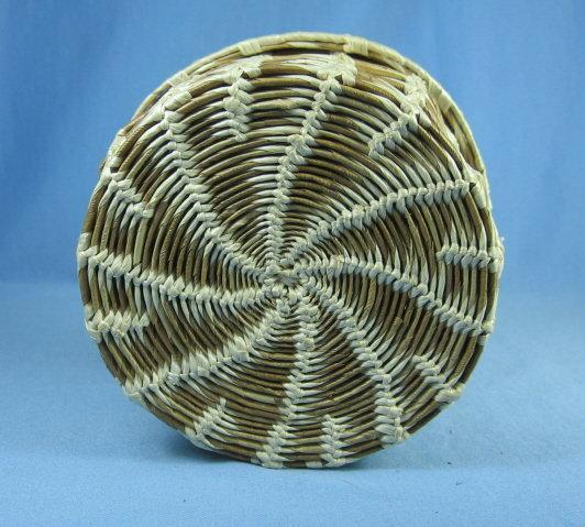 PAPAGO Woven Lidded Basket - Vintage Ethnographic