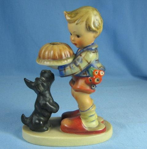 Hummel BEGGING HIS SHARE TMK 3  - 1957 porcelain limited edition