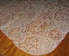 Fancy LACE Tablecloth 68 x 50 inch Ecru - Fancy LACE Tablecloth 68 x 50 inch Ecru - Vintage textile