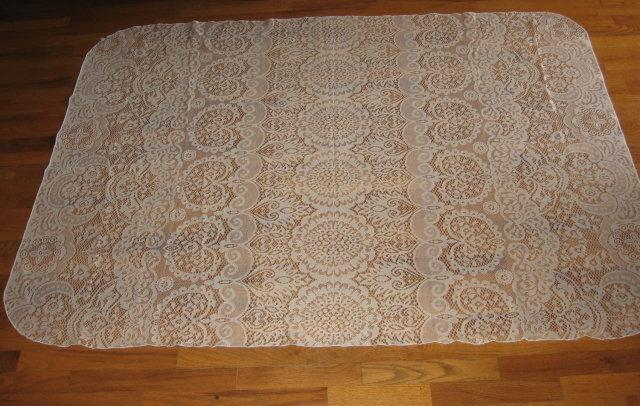 Fancy LACE Tablecloth 68 x 50 inch Ecru - Fancy LACE Tablecloth 68 x 50 inch Ecru - Vintage textile