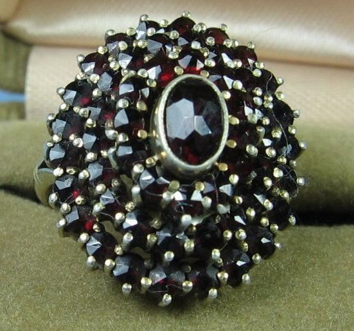 Bohemian GARNET Ring - Classy Antique Fine Jewelry