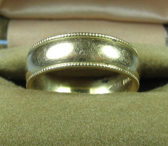 10k Yellow Gold Wedding Band  -  Antique Fine Jewelry