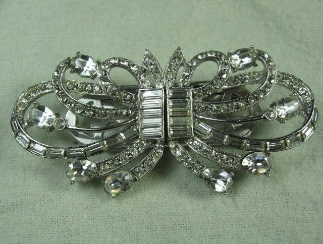 Designer CORO Rhinestone DUETTE Brooch Clip   -  Antique Estate Designer Costume Jewelry