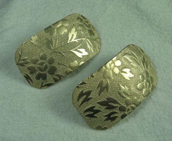 Huge EMBOSSED Goldtone EARRINGS  - Vintage Estate Jewelry