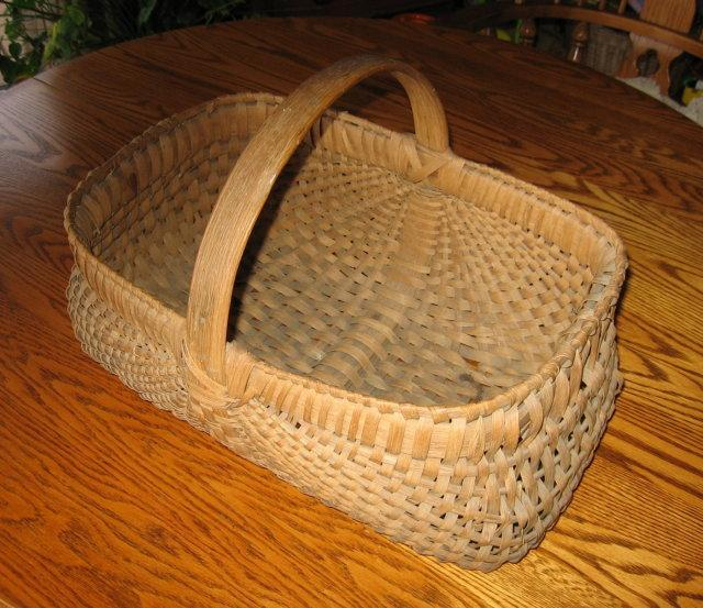 BUTTOCK BASKET - Antique Primitive Woven Splint Wood