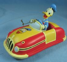 Disney DONALD DUCK HOT ROD CAR - Toy Ornament