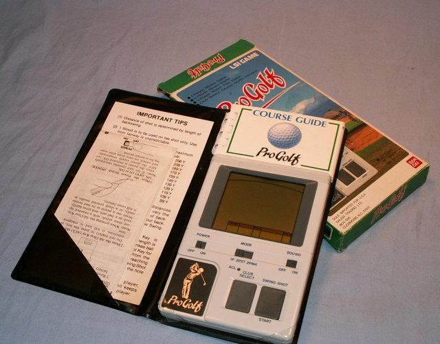 PRO GOLF Hand Held Electronic Game in Original Box - Sporting