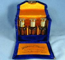 Antique PERFUME Oil Concentrate from the Orient - 3 glass bottle