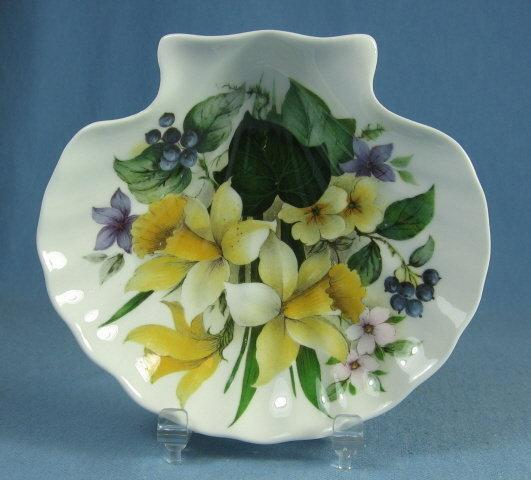 Royal Stafford Shell Shaped WILD FLOWER Dish - Porcelain