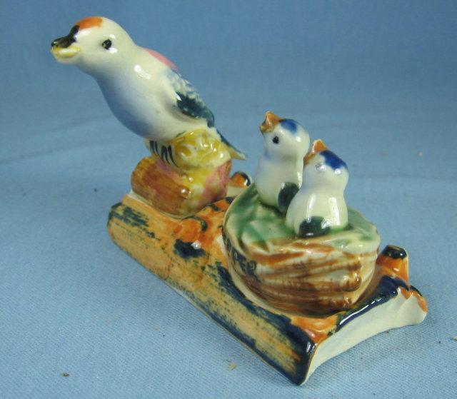 Bluebird BIRD and BIRDNEST Salt & Pepper Shaker Set - Vintag