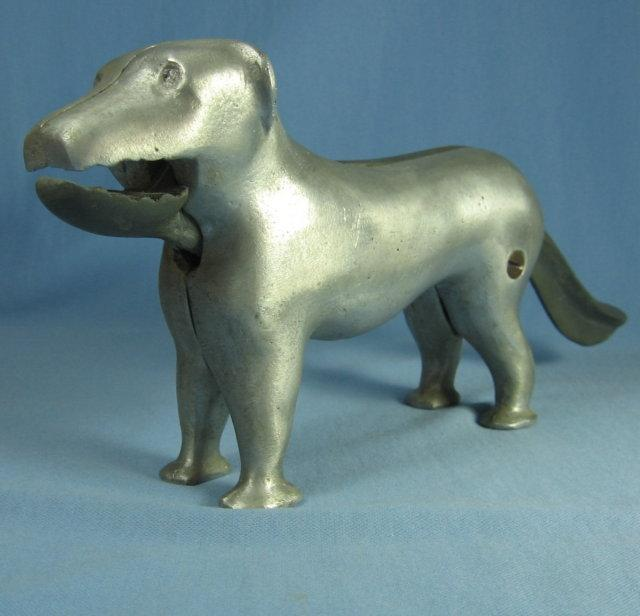 DOG Nut Cracker - Vinate Cast Aluminum & Iron Kitchen metalware