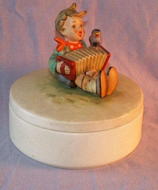Colorful HUMMEL #III/110 Let's Sing Porcelain Box