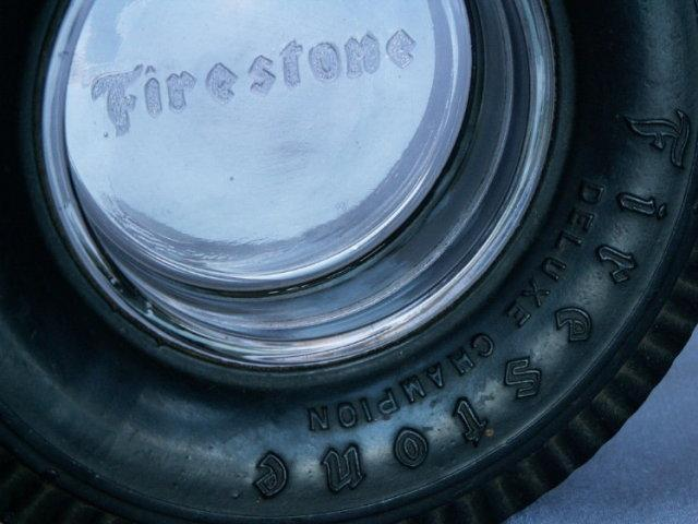 FIRESTONE Deluxe Champion Tire Ashtray - Tobacciana
