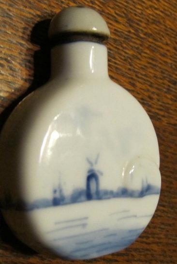 Old Dutch Snuff Bottle - Tobacco