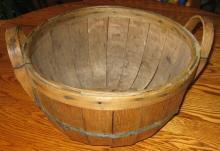 Rare 1/2 Bushel Oak GATHERING BASKET - Antique Field Harvest Basket