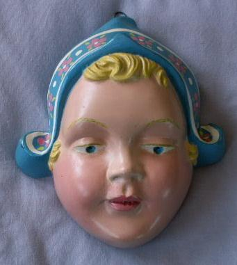 Chalkware DUTCH GIRL Stringholder - Misc.