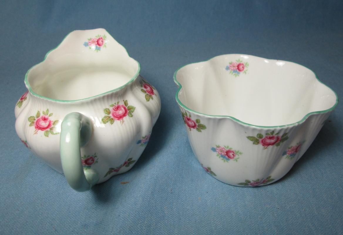 Shelley ROSEBUD Creamer & Sugar - Pottery Vintage Porcelain