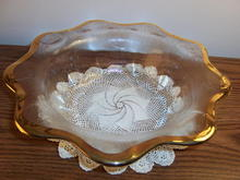 GLASS FRUIT OR SALAD BOWL * PRICE REDUCED *