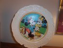 CANONSBURG PLATE WITH MICKEY AND MINNIE STICKER