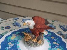 EAGLE FIGURINE FROM BIRDS IN FLIGHT COLLECTION