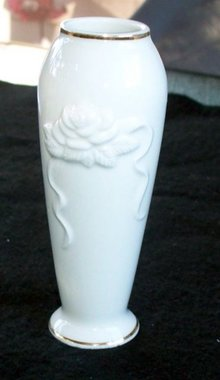 LENOX BUD VASE WITH RAISED FLOWERS
