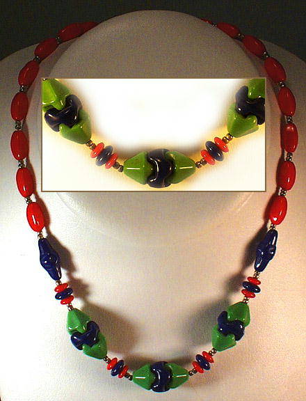 CZECH ART DECO INTERLOCK GLASS NECKLACE 1930