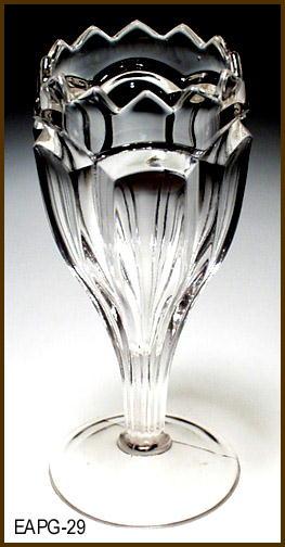 GLASS VASE EAPG 029