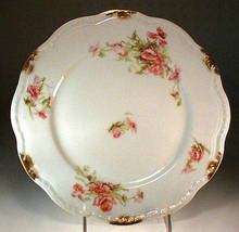 GORGEOUS LIMOGES GOLD FLORAL PLATE / PR036