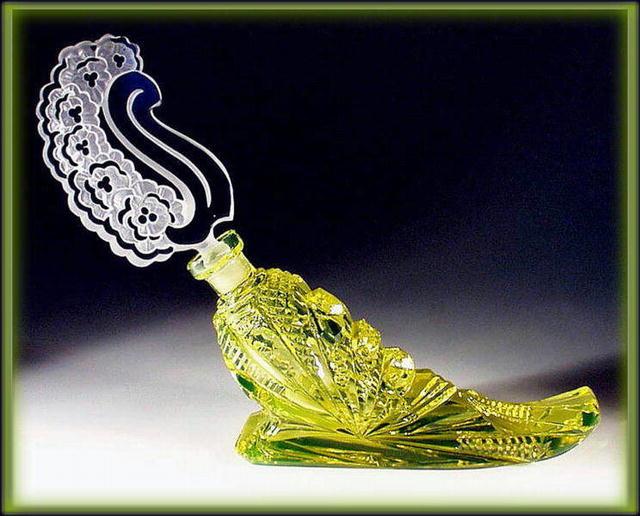CZECH VASELINE GLASS HORN  PERFUME BOTTLE