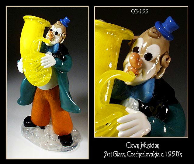 CZECH VINTAGE ART GLASS CLOWN MUSICIAN FIGURINE