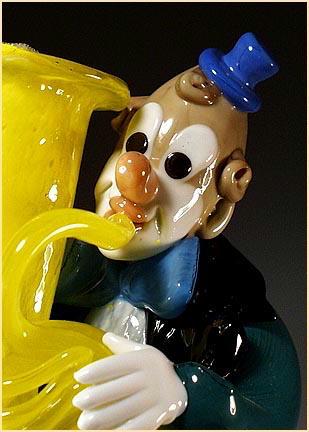 CZECH VINTAGE ART GLASS CLOWN MUSICIAN FIGURINE