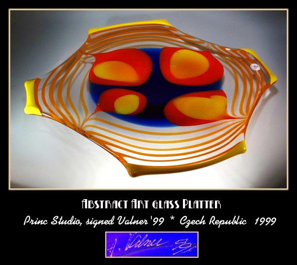 DAZZLING SIGNED CZECH ART GLASS CENTERPIECE -
