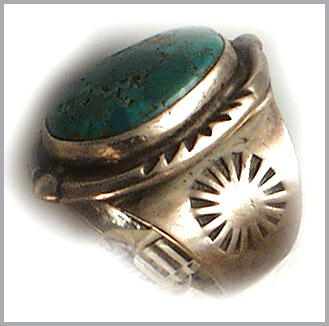 VINTAGE AMERICAN INDIAN SILVER TURQUOISE RING #91