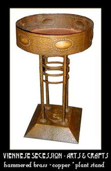 ARTS & CRAFTS HAMMERED COPPER/BRASS PLANT STAND