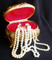VICTORIAN JEWELRY BOX MS-62